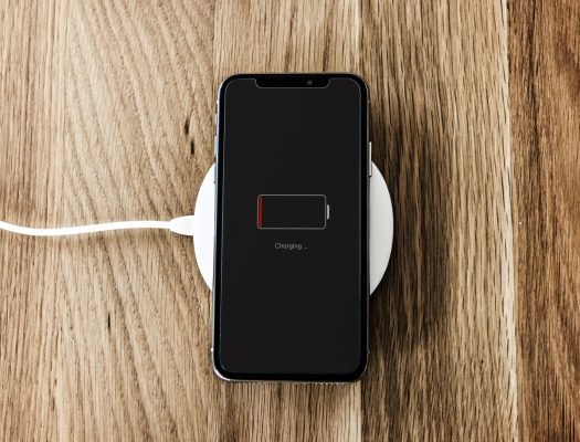 Tips To Keep Your Phone's Battery Charged